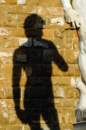Tobulos marmurinio Dovydo kūno linijos žavi jau daugiau kaip 500 metų. (Vida Press nuotr.)